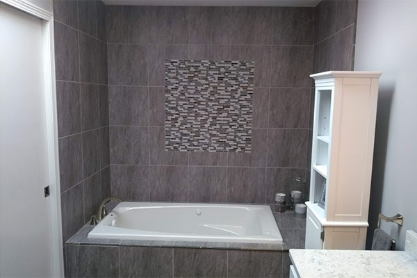 Brown-Deer-bathroom-1